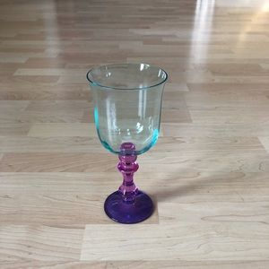 NEW Urban Outfitters Set of 8 Wine Glasses